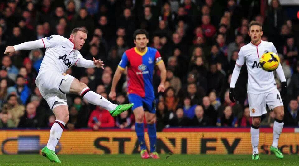 Rooney volley v Crystal Palace