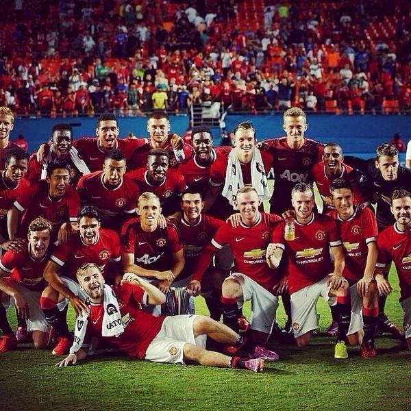man utd win champions cup